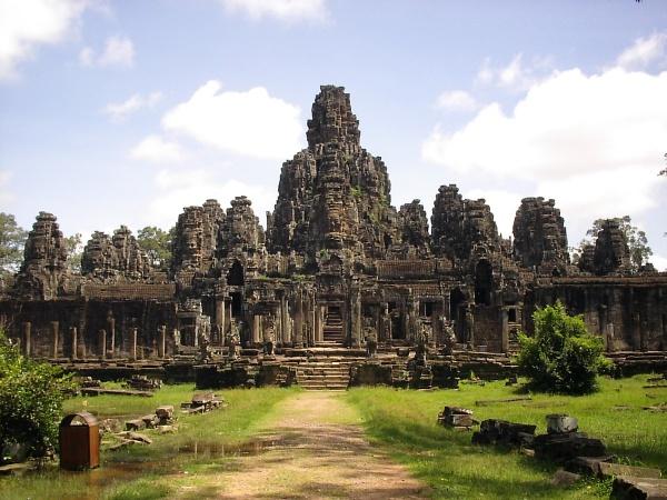volunteering-in-cambodia.1200