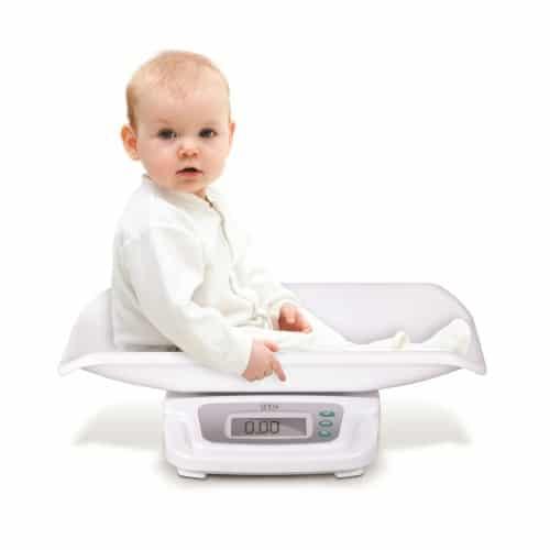الوزن الطبيعي لطفل عمره خمس شهور