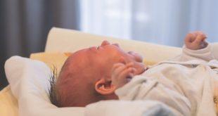 علاج مغص الاطفال الرضع حديثي الولاده 1