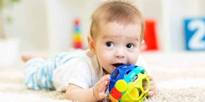 تربية الاطفال عمر سنة وشهرين