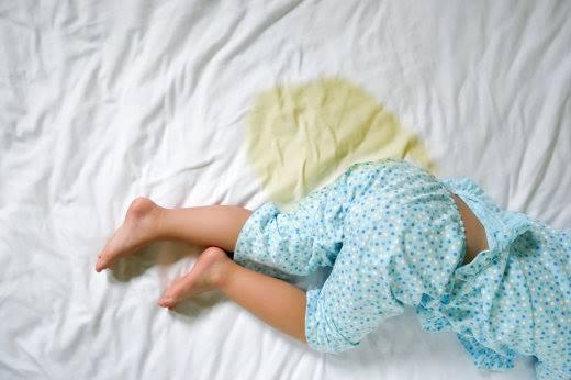 التبول عند الاطفال 3 سنوات