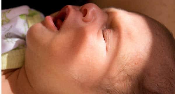 التنفس السريع عند الاطفال حديثي الولادة